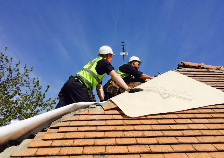 Dunelm What is the average cost of a new roof in the UK?